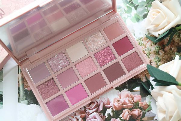 開箱> Etude House eye shadow platte- play color Eye platte Rose Bomb and  Bakehouse x Better Lips-Talk